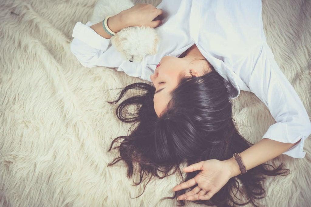 Studien zufolge kann Magnesium bei Schlafstörungen helfen